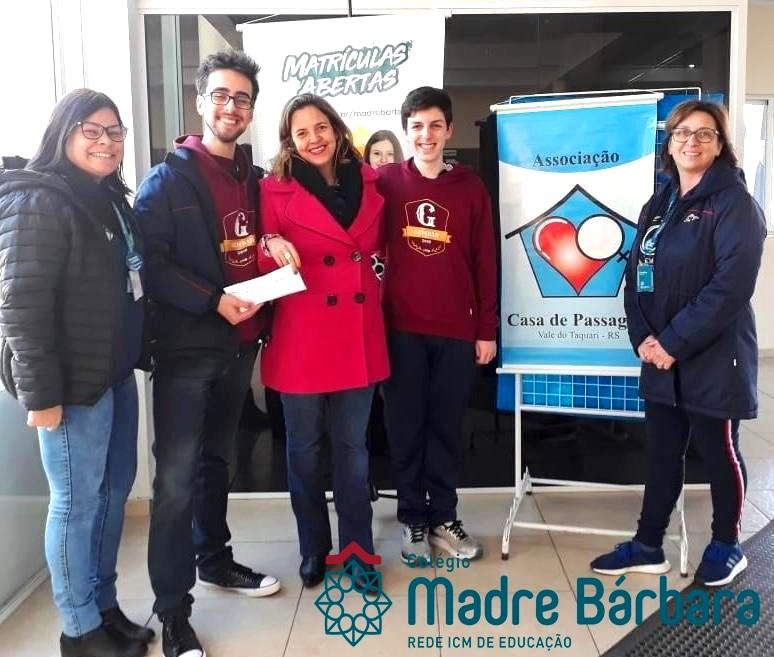 Gembar realiza doação para Casa de Passagem