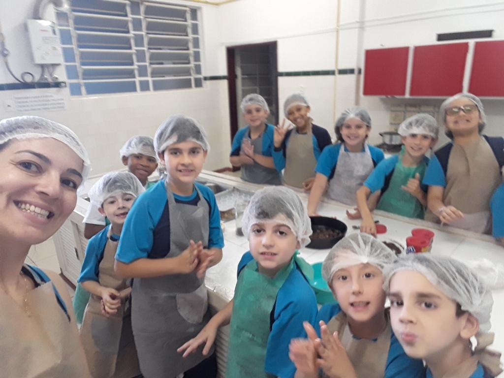 Atividade Extracurricular realizou uma deliciosa e doce receita de brigadeiro!