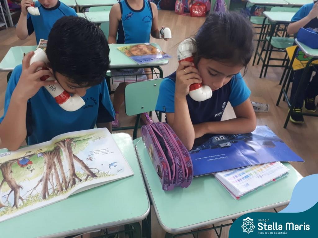 Os alunos da turma 11 utilizaram em sala de aula o Sussurrofone