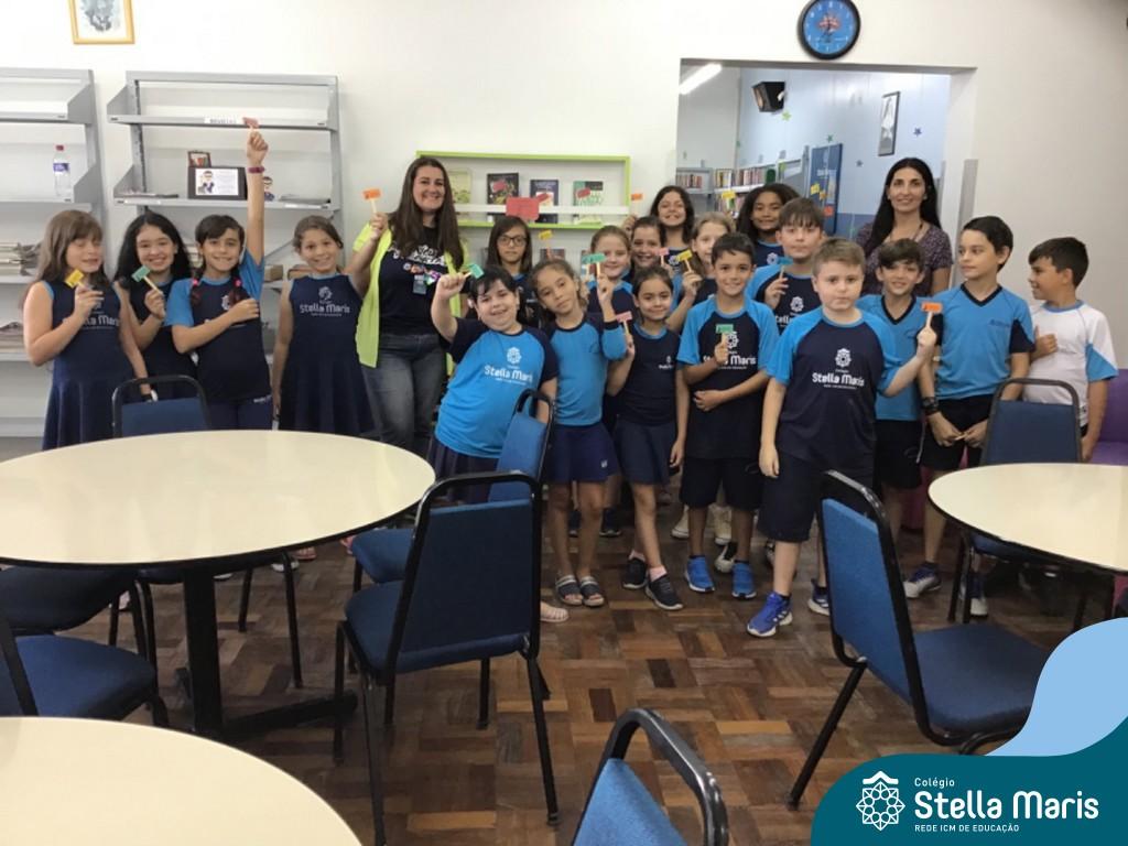 """Turma 42 participa do """"Projeto Conhecendo a Biblioteca """""""